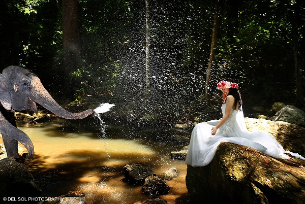 Phoebe Lai + Jonathan Chang Trash the Dress in Koh Samui, Thailand