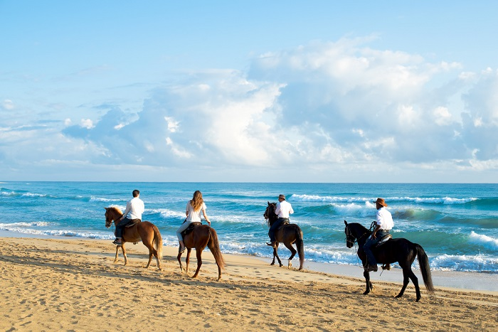 xpc_horseback-ride1