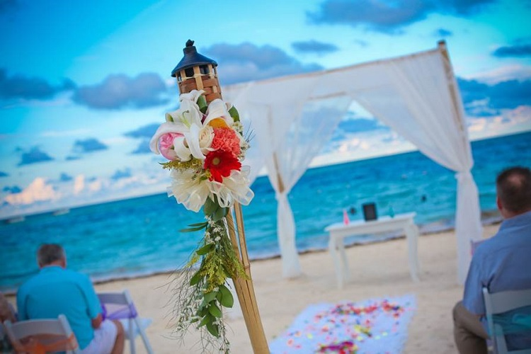 How Did You Personalize Your Wedding And Ceremony