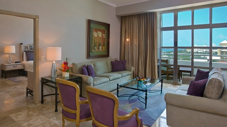 hotel_sandos_cancun_accommodations_std_gallery_sandos-suite_01_1