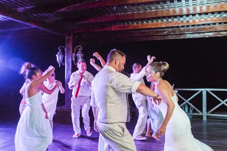 leslierobert_wedding_cancunmexico-945