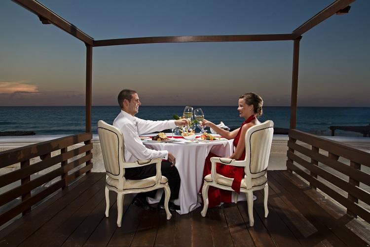 sandos_cancun_romance_01-300