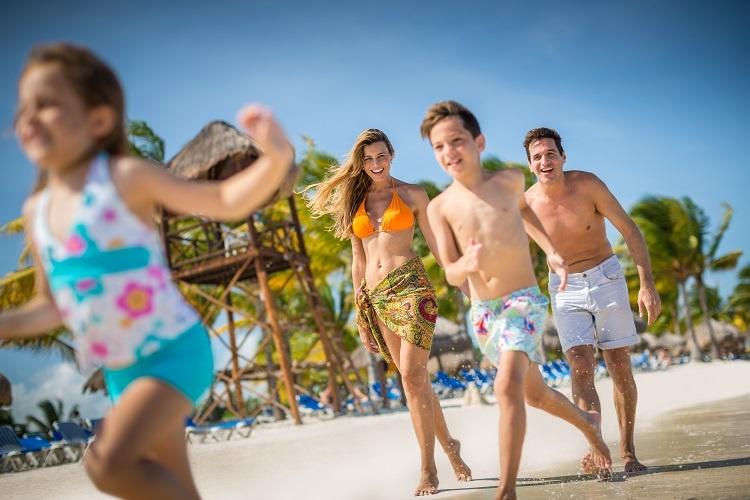 bb-ge-beach-lifestyle-0002-3326875252-o