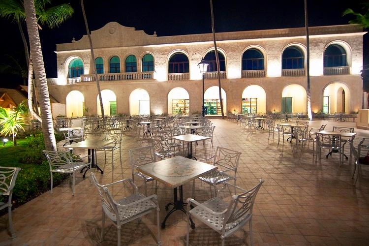 bar_plaza