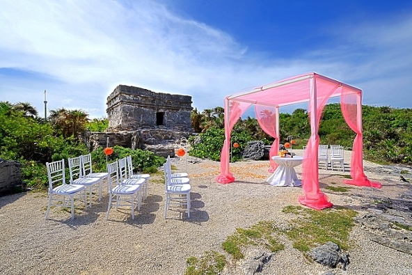Coral_Mist_Wedding_Mayan_Ruin_B
