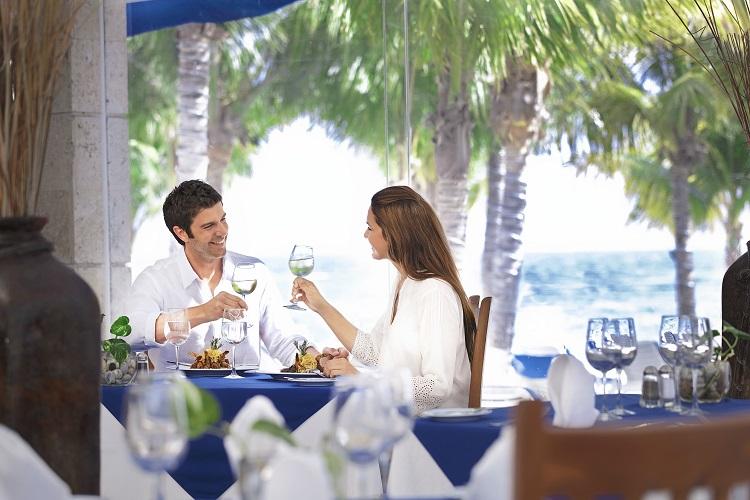 3 Restaurants That Will Wow Your Taste Buds!