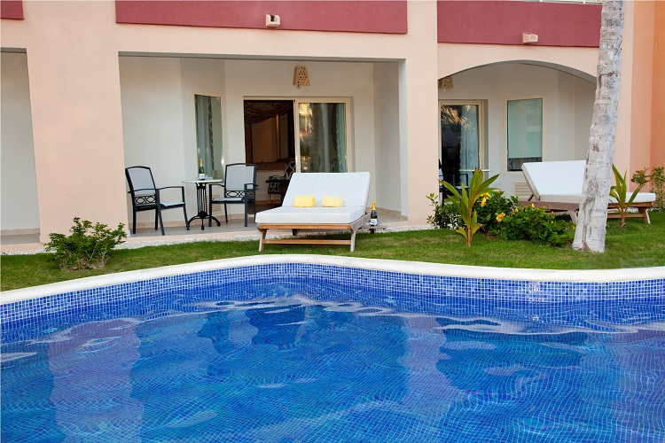 Best Resorts Republic Dominican With Swim Up Rooms