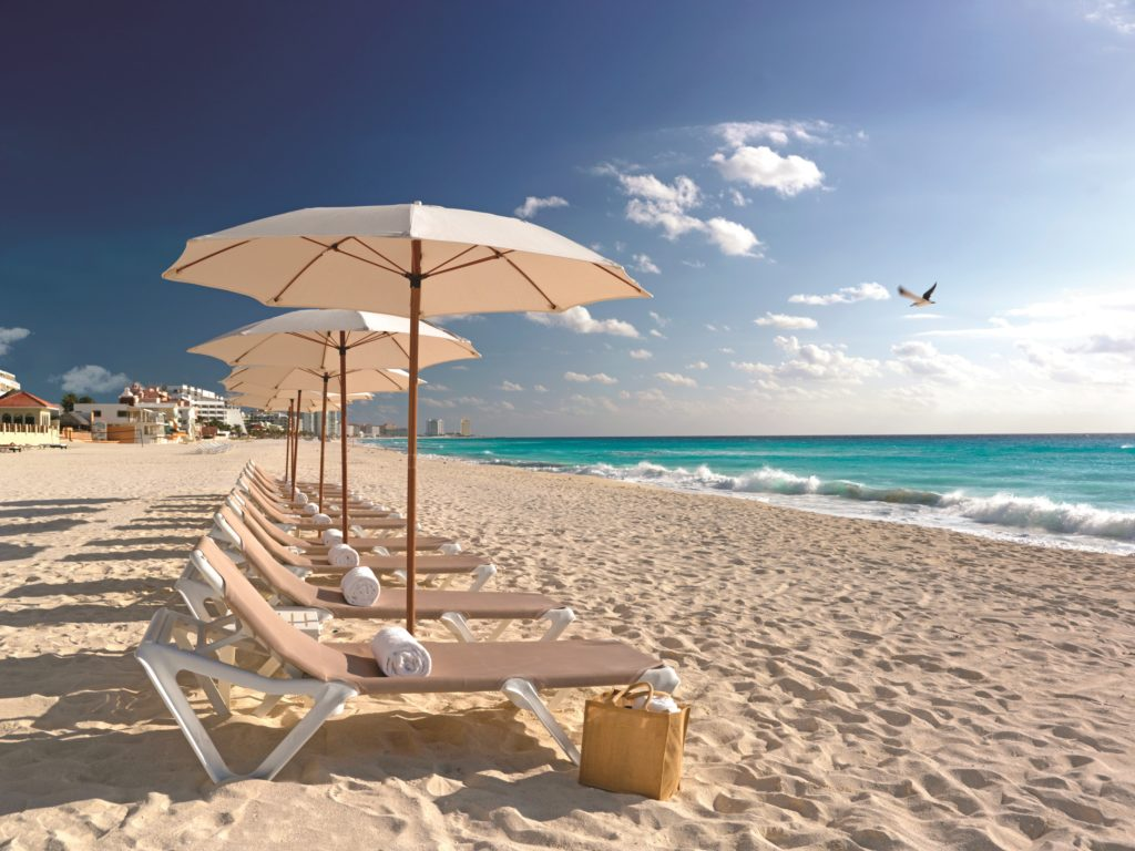 beach resorts in the Caribbean