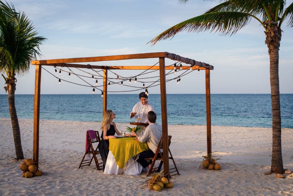 romantic cancun destination wedding resorts