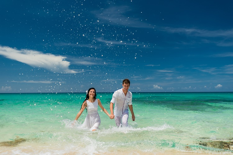 affordable mexico destination wedding