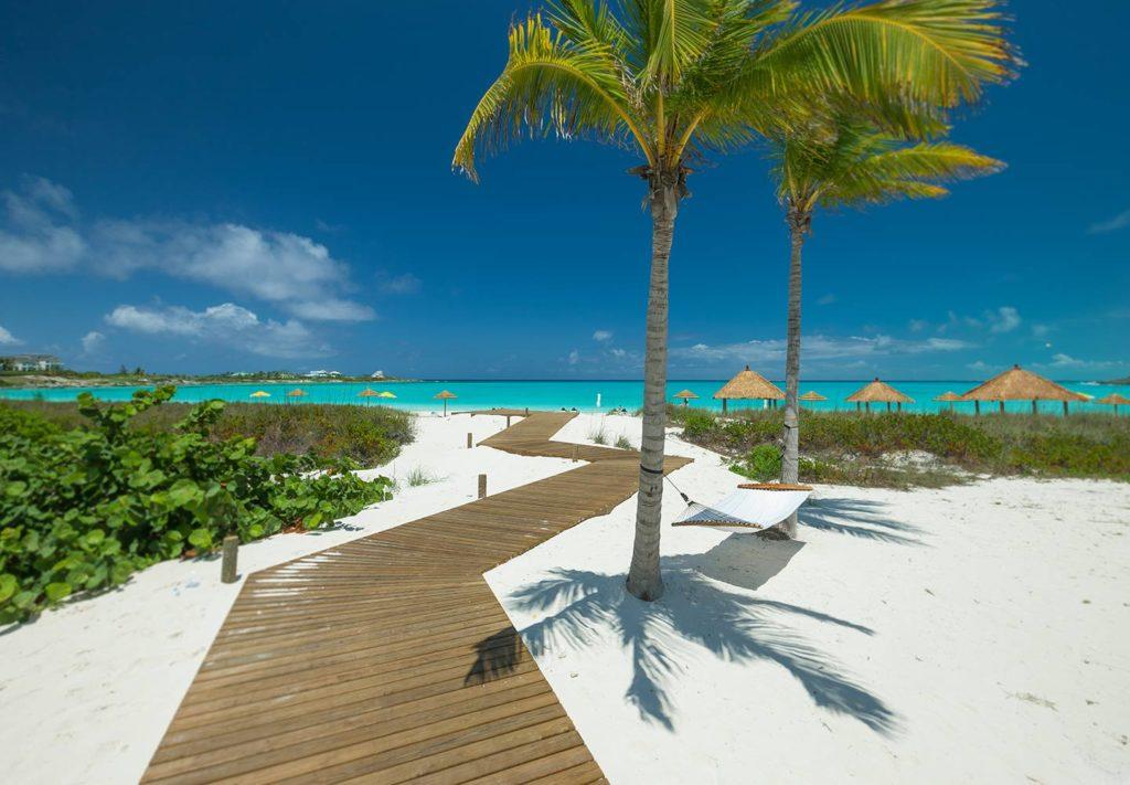 most romantic bahamas wedding resorts