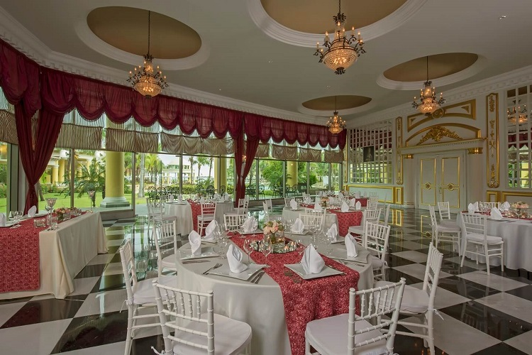 Weddings at Iberostar Grand Hotel Paraiso