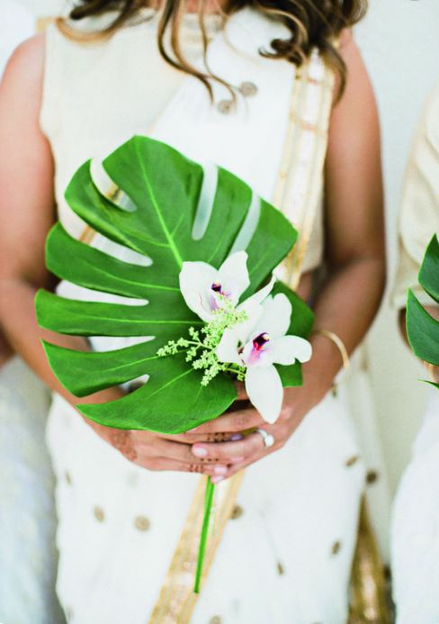 Summer destination wedding trends - bouquet