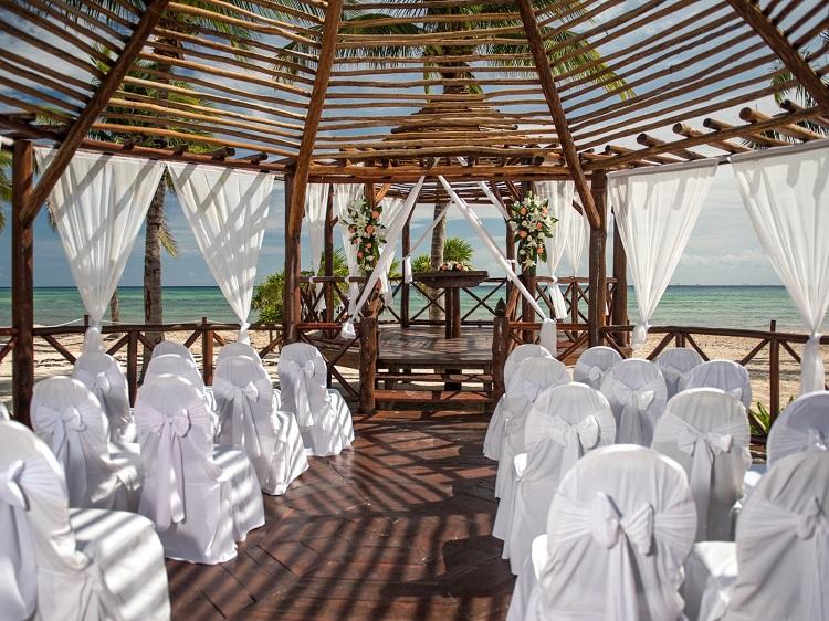weddings at Platinum Yucatan Princess