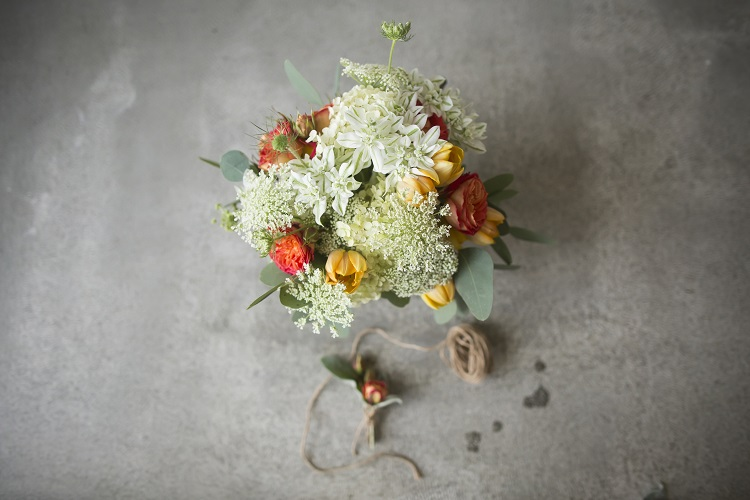 flower ideas for fall destination wedding