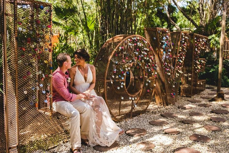Vow renewal at Dreams Rivera Cancun Resort & Spa in Mexico