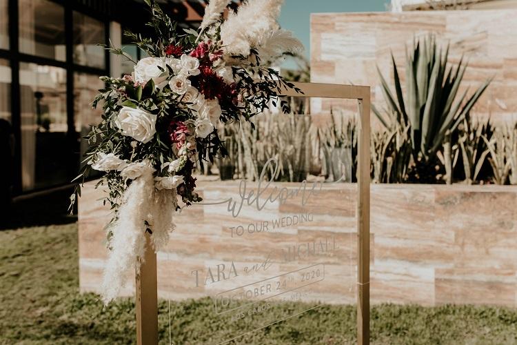 destination wedding welcome sign